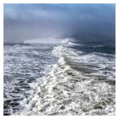 Waves Center I