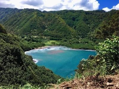 Find a hawaian hideaway