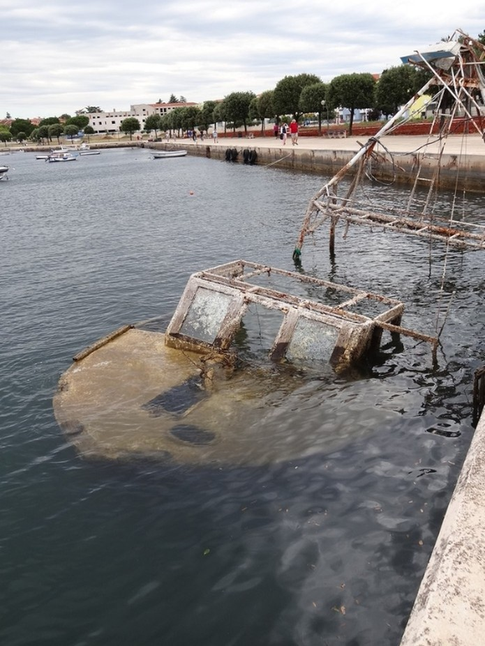 Abandoned Boat copy