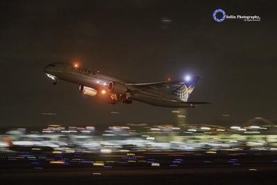 """""""United 787 Take Off"""""""