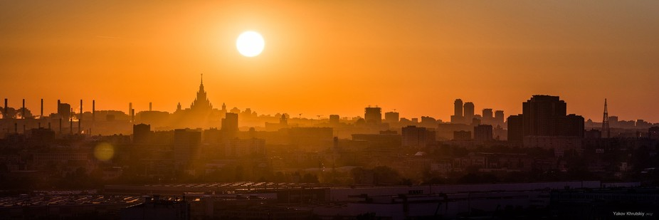 Moscow sunset Pano