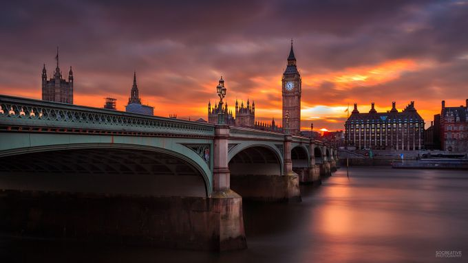 London in flames by socreative - Sunset And The City Photo Contest