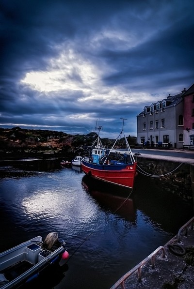 The tiny harbour at Bunbeg, Co. Donegal
