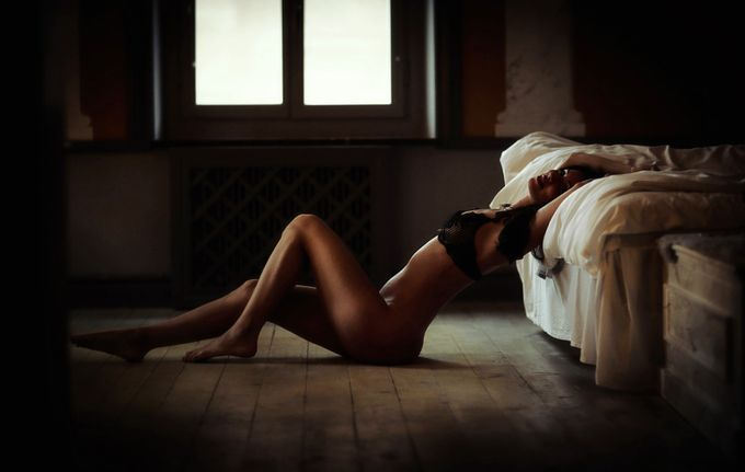 A night in venice by panilsson - Tasteful Boudoir Photo Contest