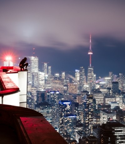 rooftop, rooftopping, cityscape, ttooronto, downtown, scale, night photography, night, urbandark that puts you into the light
