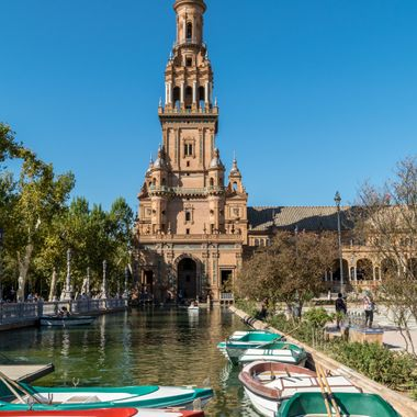 a romantic cruise around the heart of Seville, Spain