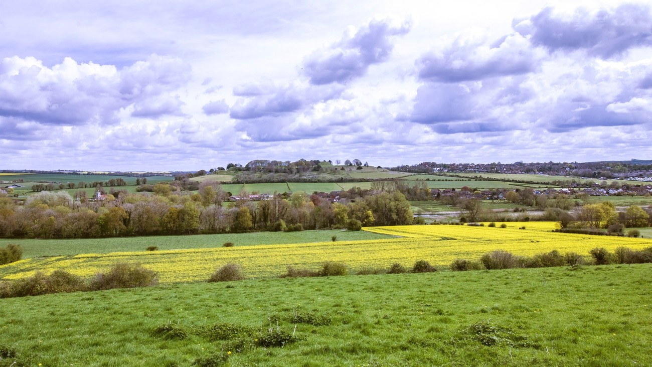 Landscape view of the Avon valley north of Salisbury, UK looking towards Old Sarum castle to the north.