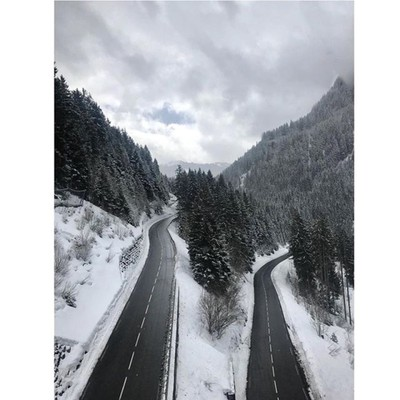 Châtel, Rhone-Alpes, France . . . . #châtel #chatel #france #france???????? #rhonesalpes #alps #alpes #mountain #mountains #roads #snow #arty #moody #trees #ski #snowboard #skiing #snowboarding #iphone7plus #iphone #iphonephotography #iphonephoto #nature