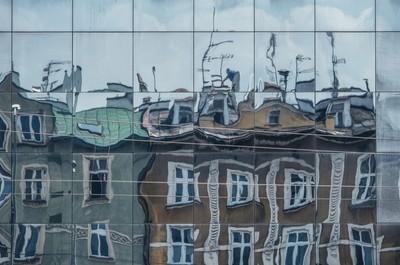 Roofer reflection