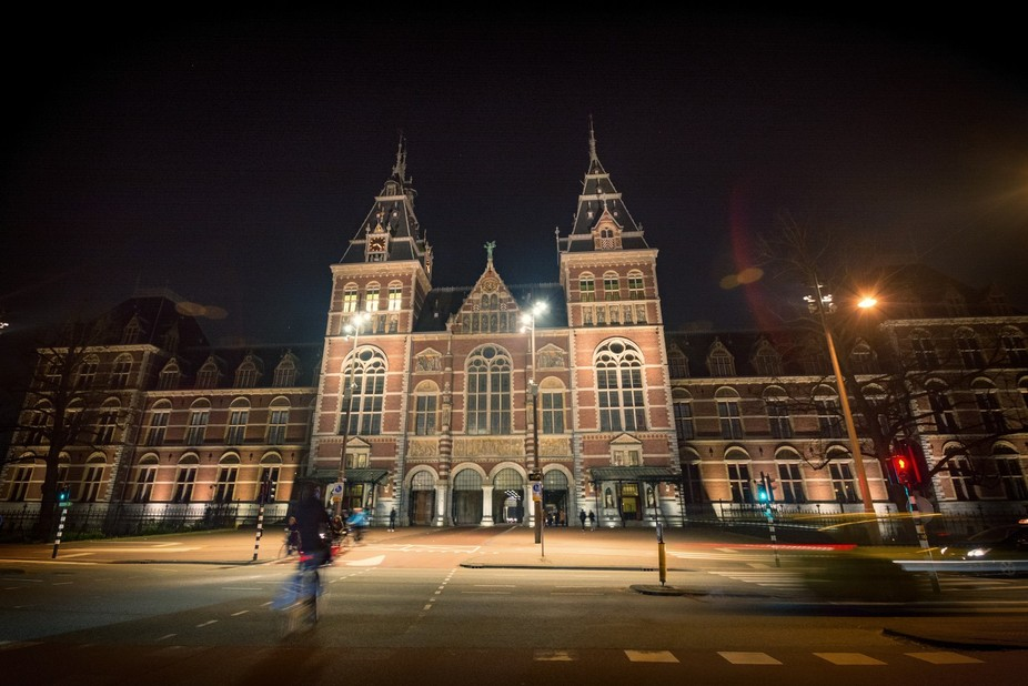 Amsterdam Rijksmuseum passage