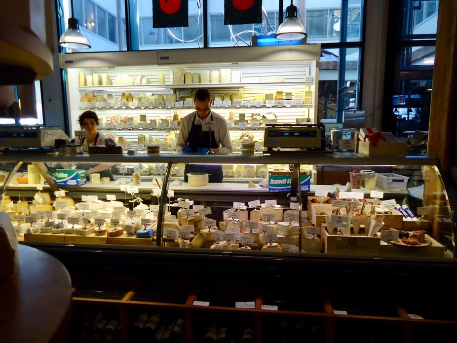 Love this color layout, never seen so many cheeses in one spot, Pikes Place, Seattle Wahington