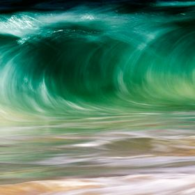 Love capturing the motion of the ocean!