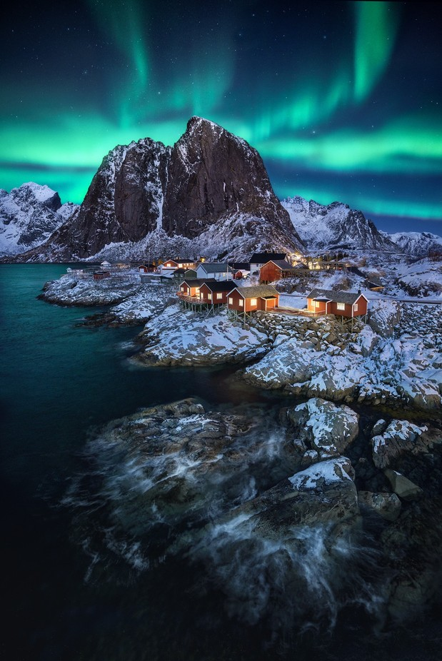 Hamnøy aurora  by kaihornung - The Night And The Mountains Photo Contest