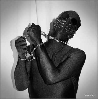 Chained  shadow 002