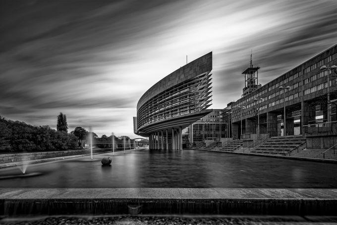 Landhausschiff ULZB by robsch - My City Photo Contest