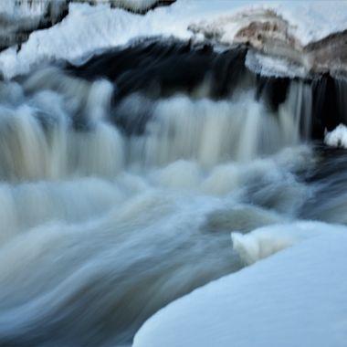Blurred the rapids Nikon D3400