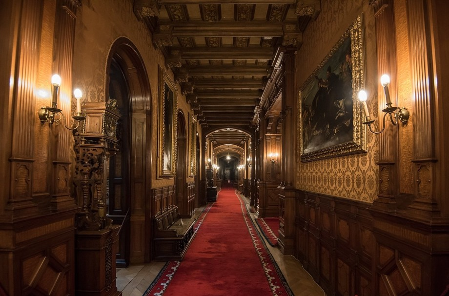 Hall in Peles Castle