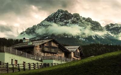 Alpi Dolomiti-Itay.  1