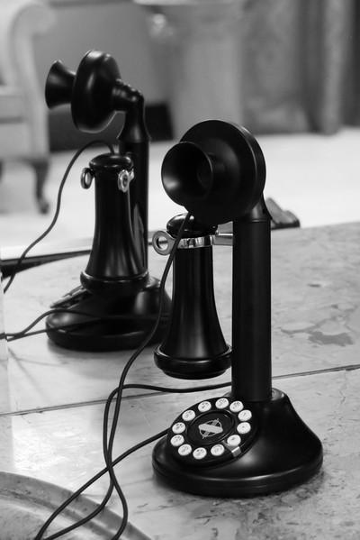 B&W Telephone