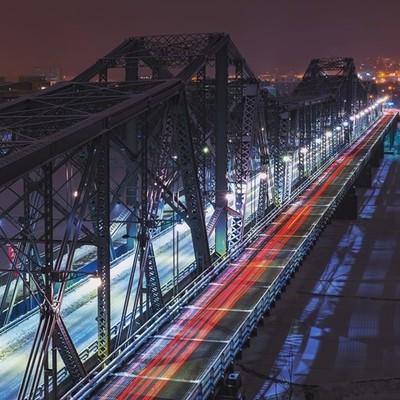 . . . . . #bridge #bridges #nightphotography #canada #ottawa #shutterfun #photoedmagazine #photography #cityphotography #cityscape #city #lightstreaks #bridgesofinstagram #steelbridge #canadian #coldsteel #architecturephotography #architectureporn #canada