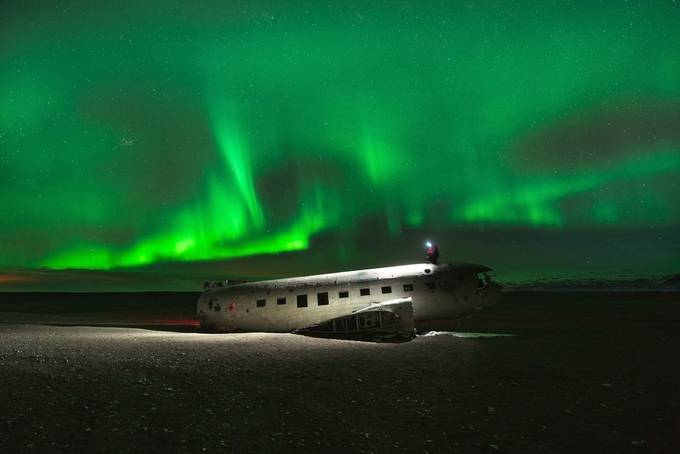 aurora lit plane wreck by simonmigaj - Aircraft Photo Contest