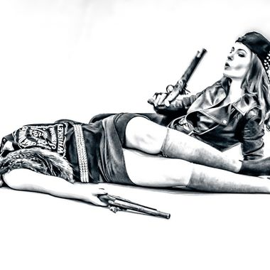 Shot dead-01