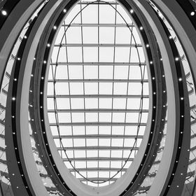 . . . . . #blackandwhitephoto #blackandwhiteonly #sphere #atrium #rideaucentre #lookup #ottawa #canadagram #canada #unitedphotolovers #architectu...