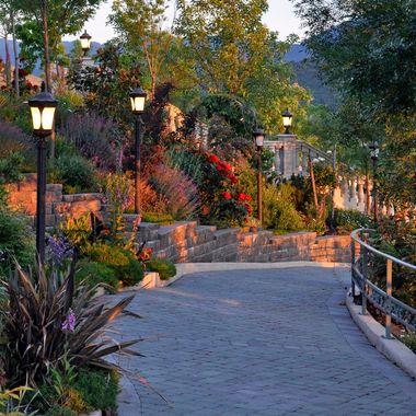 Belle Fiore Walkway
