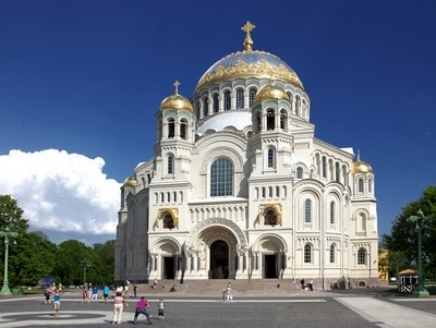 The naval Cathedral of St. Nicholas the Wonderworker (Stavropigial Nicholas Naval Cathedral of Kronstadt), St. Petersburg. Front view. Photo 02.