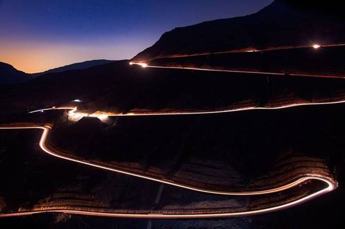 The light trail left by the cars travelling up and down Jebel Jais. Pretty cool view point. . . . . . #jebeljais #rasalkhaimah #uae #nightscape #mountain #exposure #canonme #canon #photography #nightphotography #hiking #lighttrails by singwydionjones - Fast Photo Contest