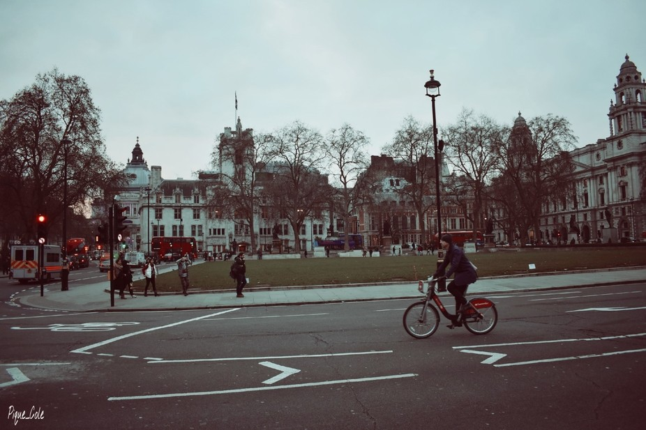 During my vacation visit in London, mid the hustle and bustle of the festive season, i was lookin...