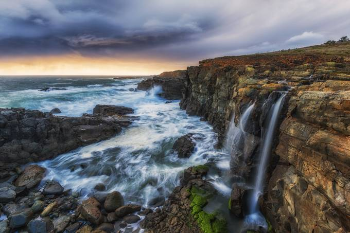 Coastline Sunset by menxcuizon - Spectacular Cliffs Photo Contest