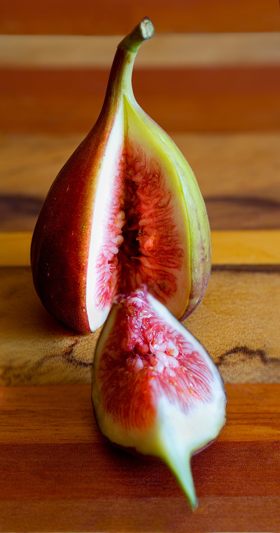 Figs by Carol09 - Looks Delicious Photo Contest