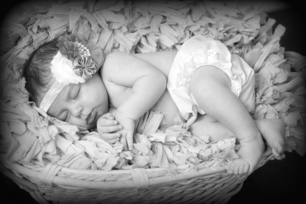 Basket baby