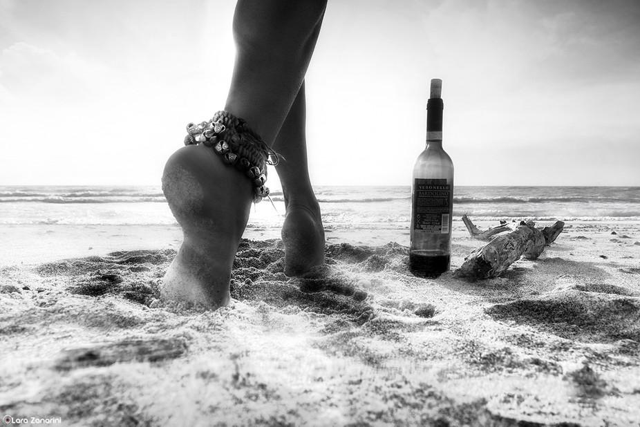 «Non dimenticate che la terra si diletta a sentire i vostri piedi nudi e i venti desiderano inte...
