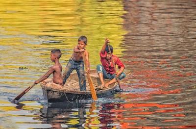 Paddling Home Dhaka Bangadesh