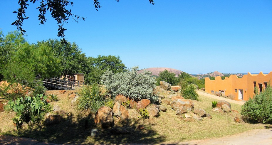 Enchanted Rock From Trois Estates