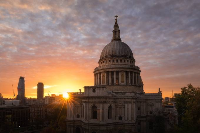 St Paul's Cathedral by templopolis - Sunset And The City Photo Contest