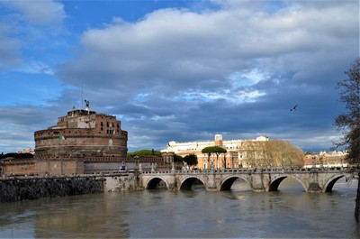 Bridge of Angels over the Tiber River near the Castel Sant'Angelo, Rome, Italy