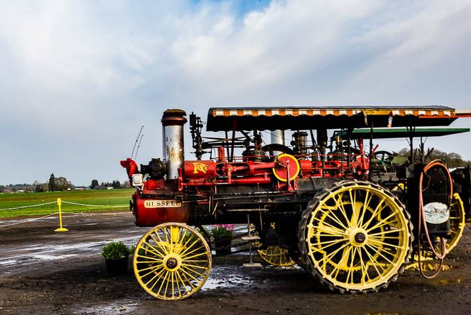 Russell tractor