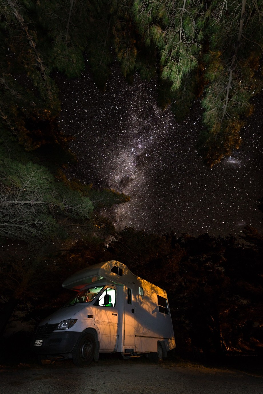 Freedom camping by gesser - Capture The Milky Way Photo Contest