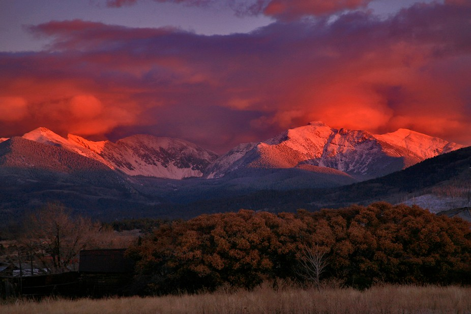 Throughout the year the 13,000-ft Truchas Peaks frequently burst into color right before Sunset.