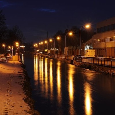 This evening a longexposure from one of the many water channels in Augsburg.