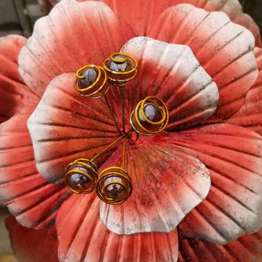 This is a fake you out flower.