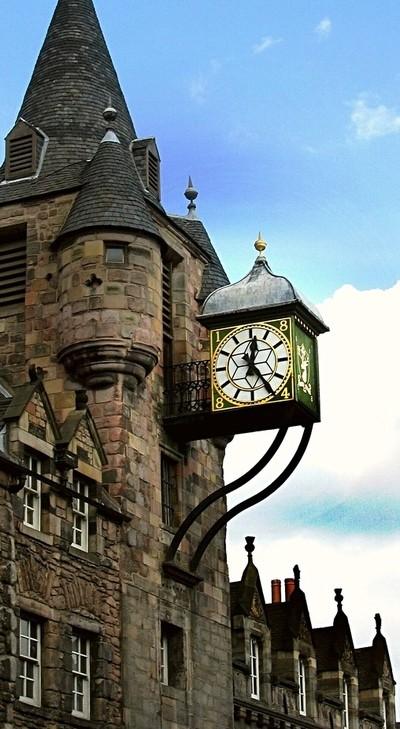12.25 in Edinburgh