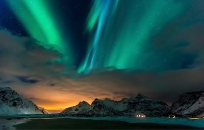Aurora over Flagstad | Lofoten