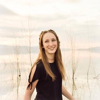 Maddie has the best smile I swear • • • @waitingontheworld @quietthechaos @bleachfilm @filmpalette @l0tsabraids_ @silver.seas @bravoportraits @of2humans @darkmornings @portraitpage #folkportraits #vscoportrait #portraitgames #ourmoodydays #seamyphotos #un