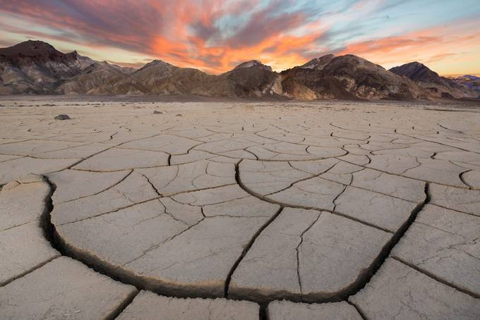 Death Valley by simalg05 - Covers Photo Contest Vol 46
