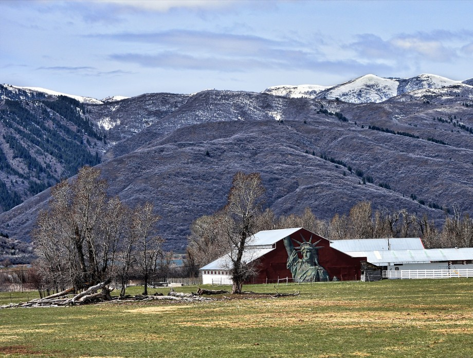 Statue of Liberty Barn-Huntsville Utah