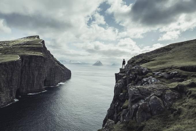 Standing on the edge by MattMcGee - Spectacular Cliffs Photo Contest